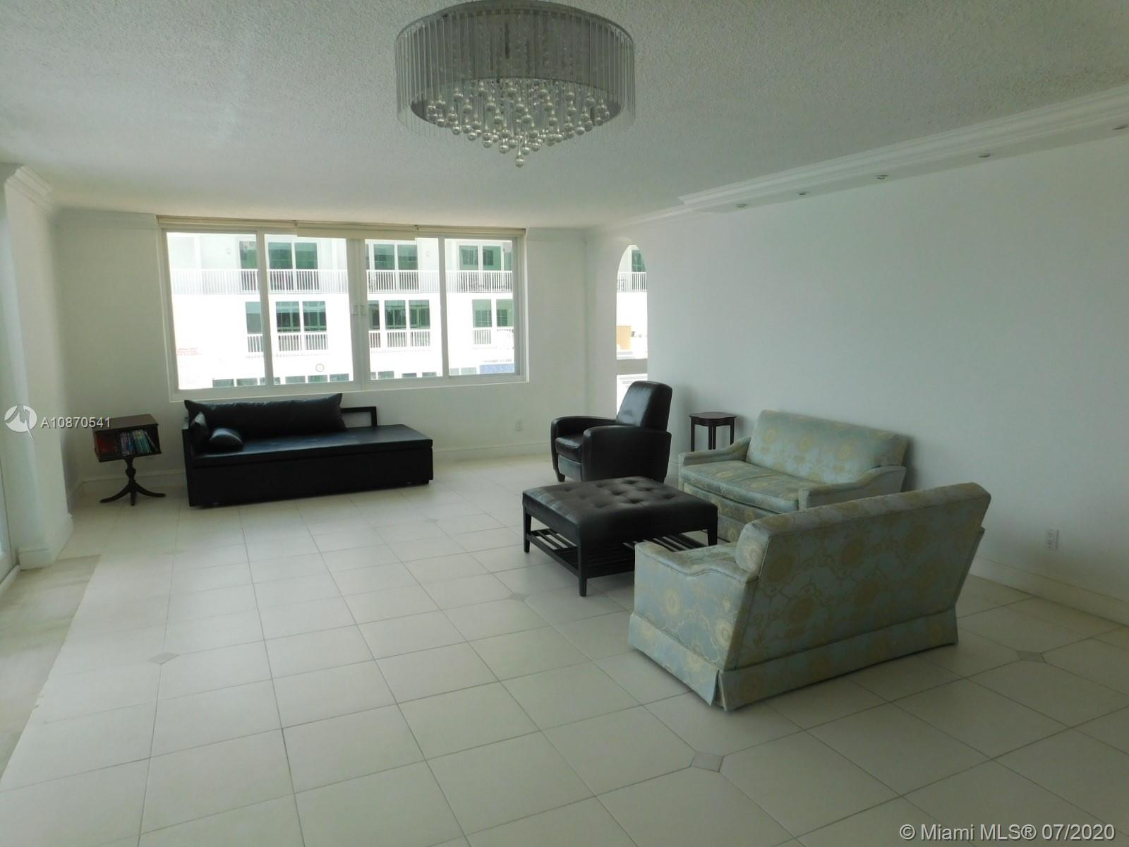 Carriage House #102 - 5401 Collins Ave #102, Miami Beach, FL 33140