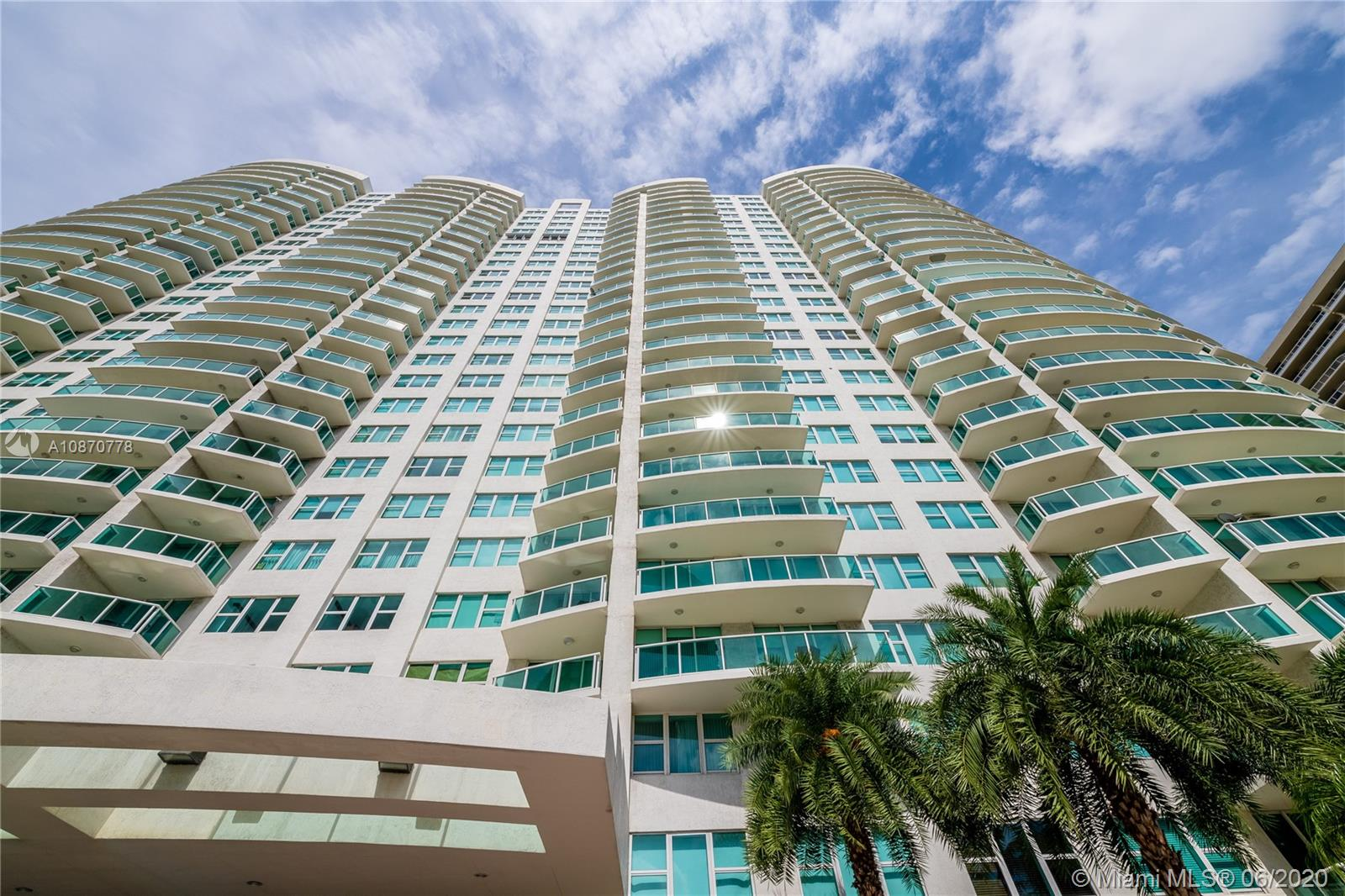 Hamptons South #904 - 20201 E Country Club Dr #904, Aventura, FL 33180