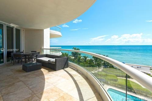 16051 Collins Ave #501 photo05
