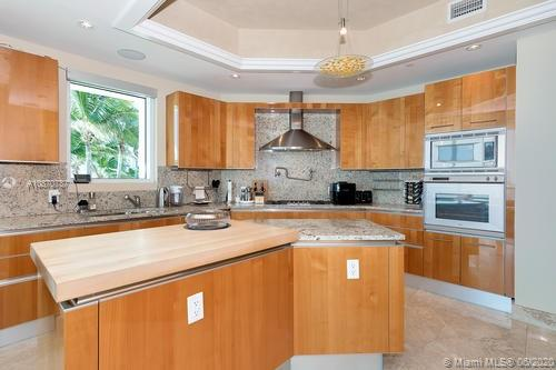 16051 Collins Ave #501 photo014