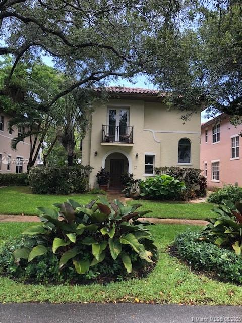 491 Menendez Ave # 11, Coral Gables, Florida 33146, 2 Bedrooms Bedrooms, ,2 BathroomsBathrooms,Residential,For Sale,491 Menendez Ave # 11,A10870791