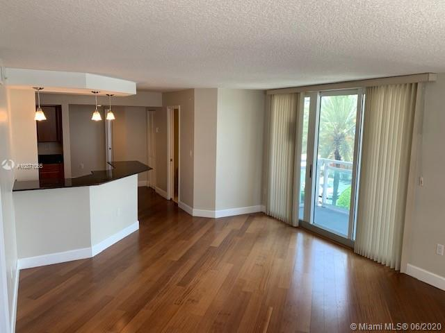 6917 Collins Ave #414 photo026