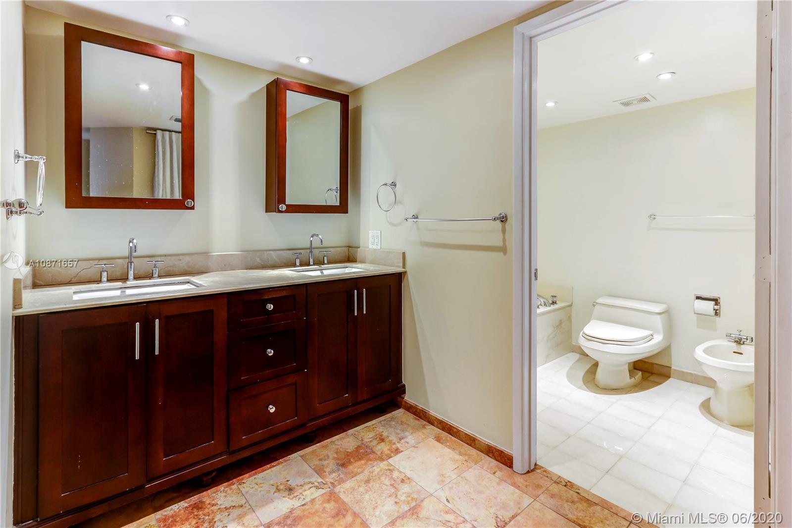 Brickell Key One #A1702 - 09 - photo