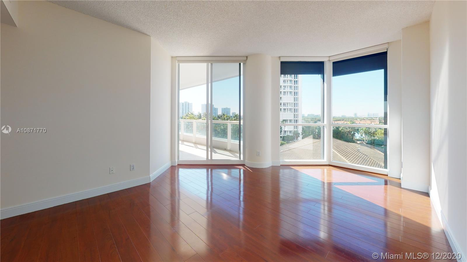 Photo of 21150 Point Pl #804 listing for Sale