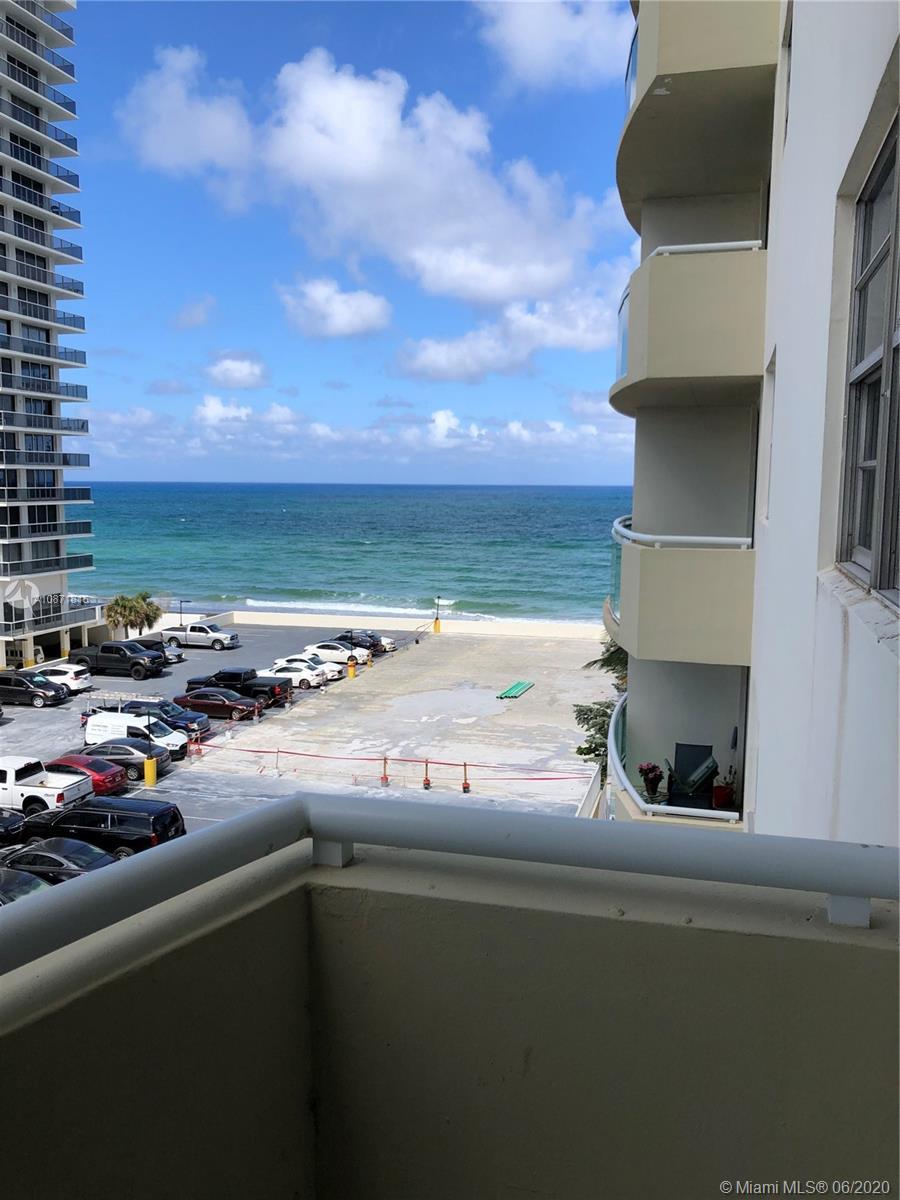 Residences on Hollywood East Tower #503 - 3001 S Ocean Drive #503, Hallandale Beach, FL 33019
