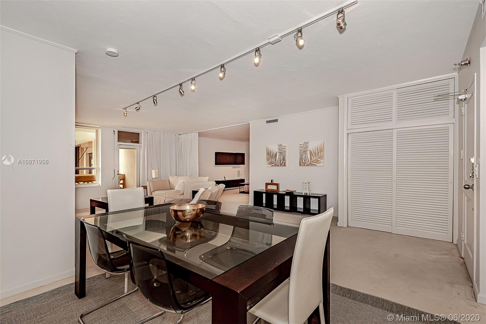 10185 Collins Ave #1209 photo06