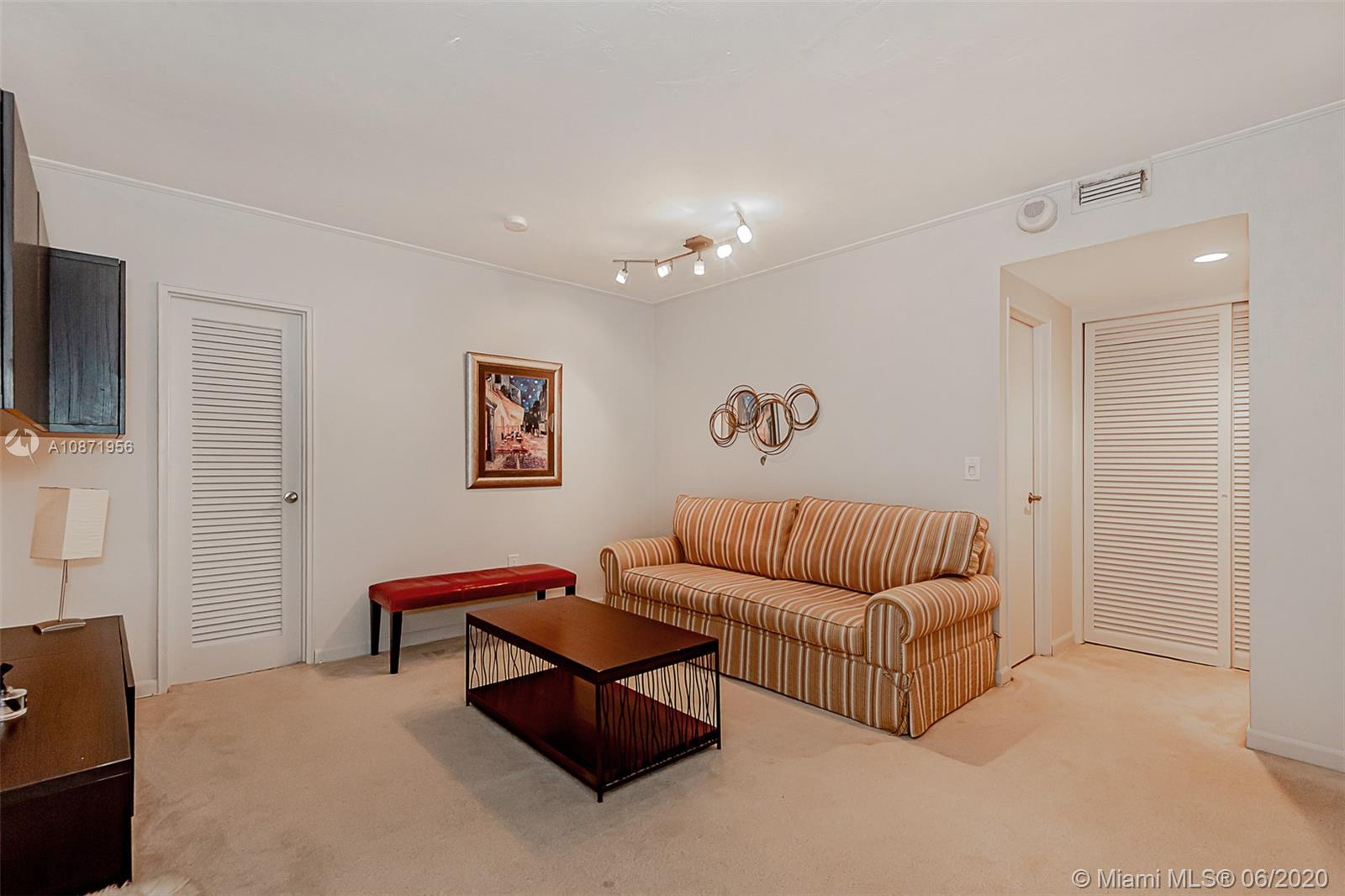 10185 Collins Ave #1209 photo013