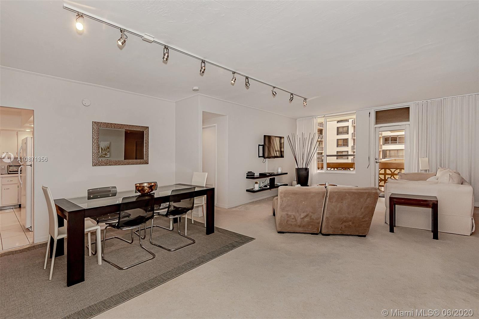 10185 Collins Ave #1209 photo05