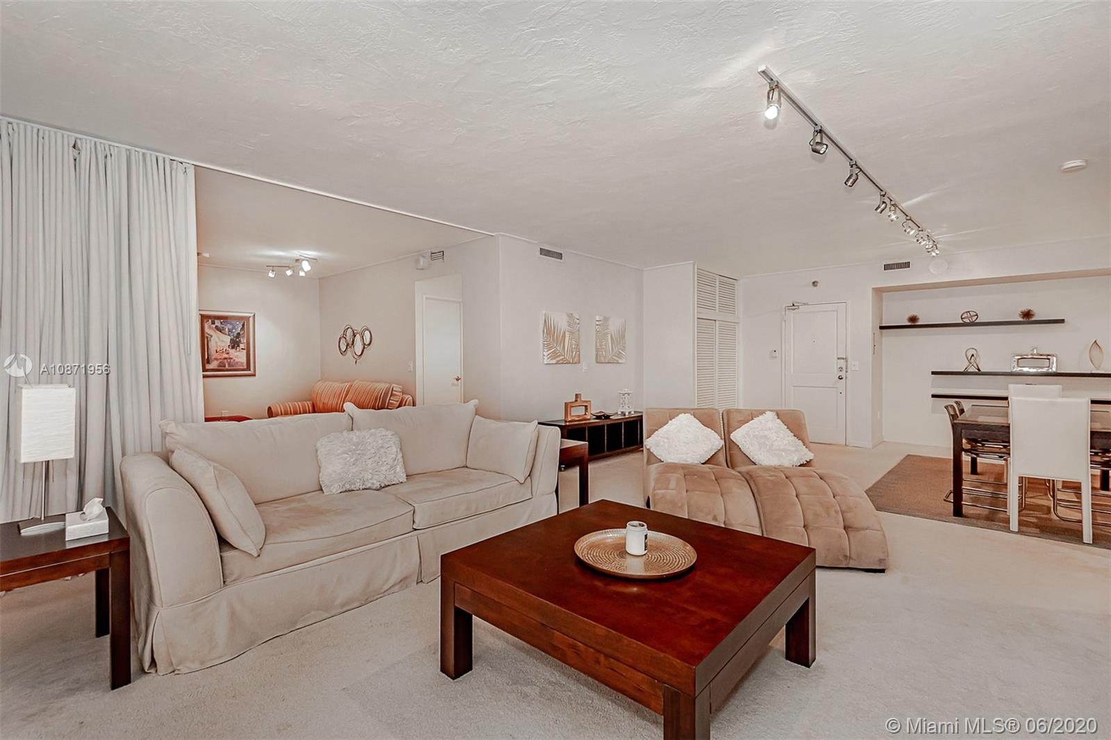 10185 Collins Ave #1209 photo09