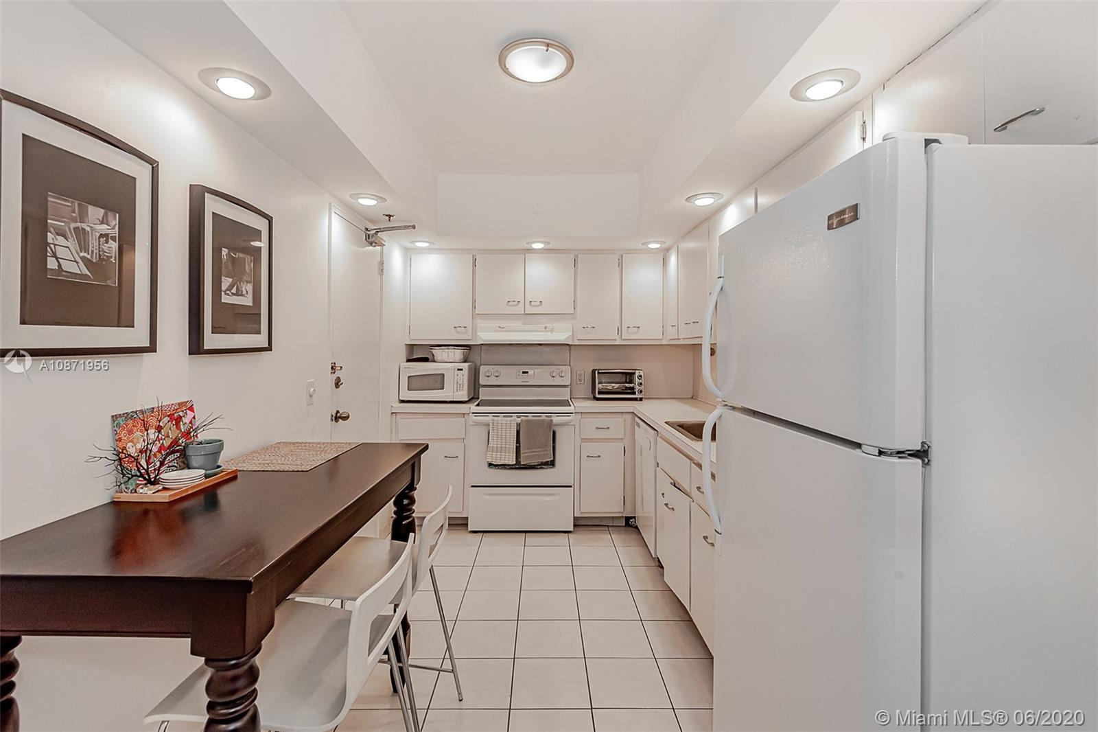 10185 Collins Ave #1209 photo019