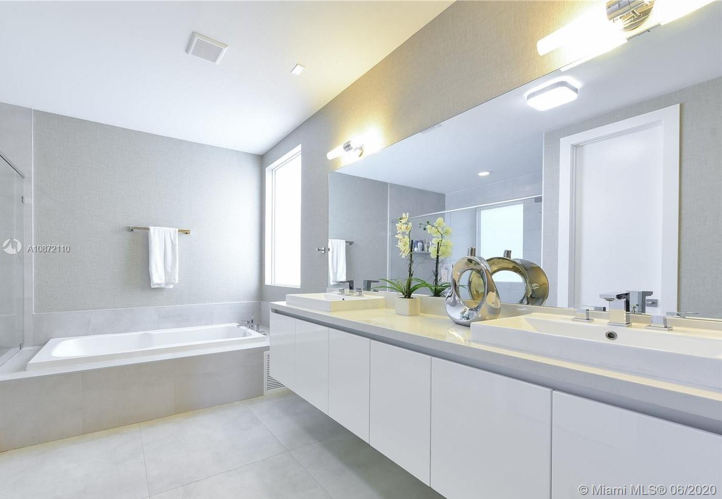 Doral Commons Residential # - 14 - photo