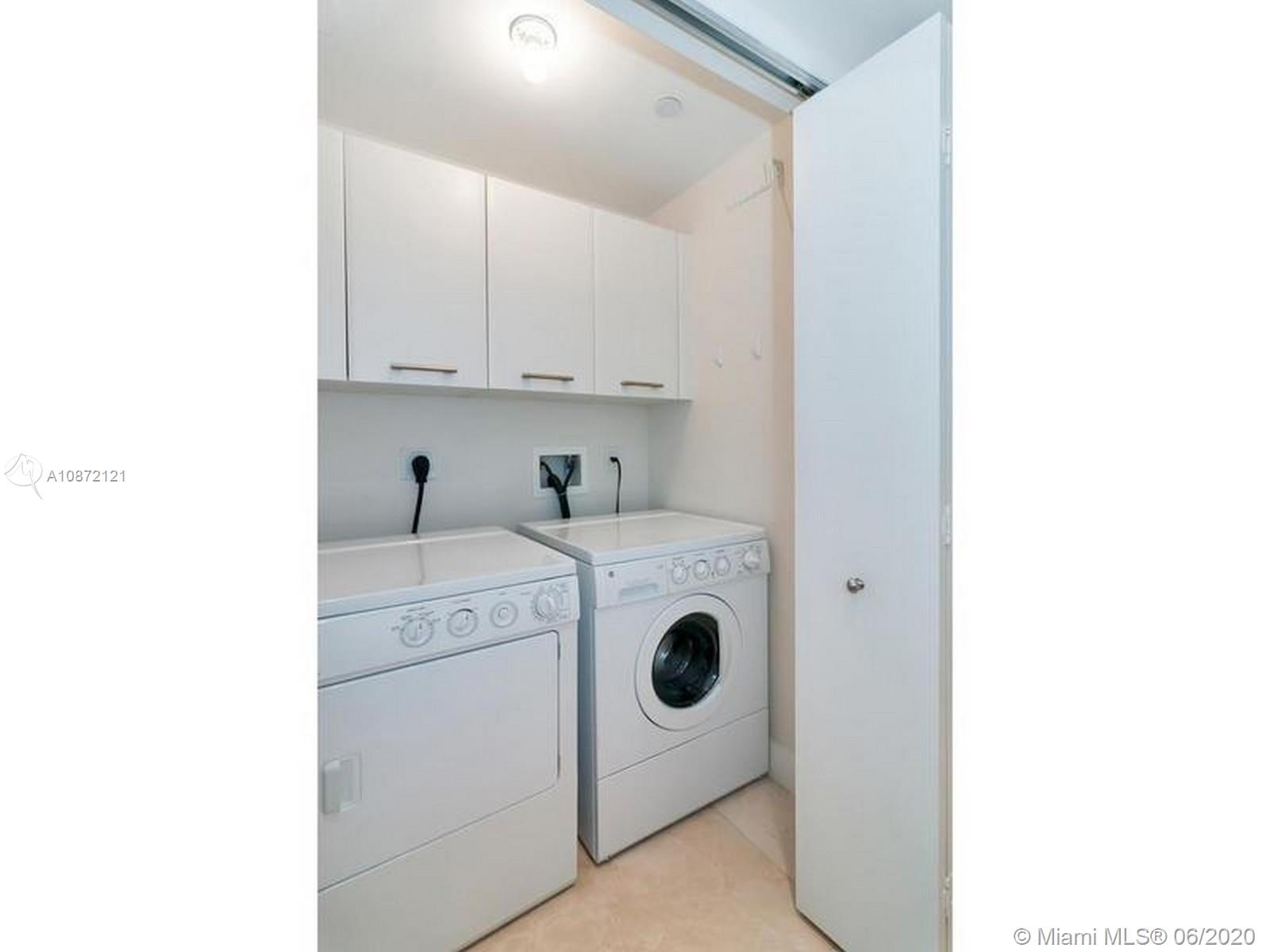 17121 Collins Ave #908 photo046