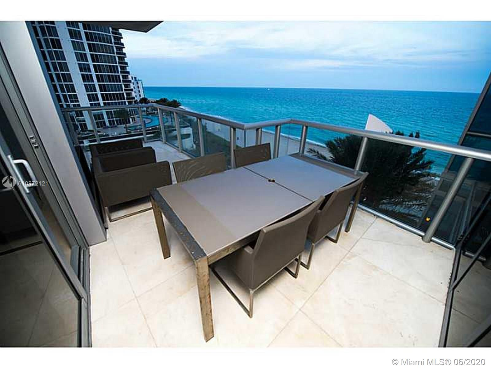 17121 Collins Ave #908 photo05