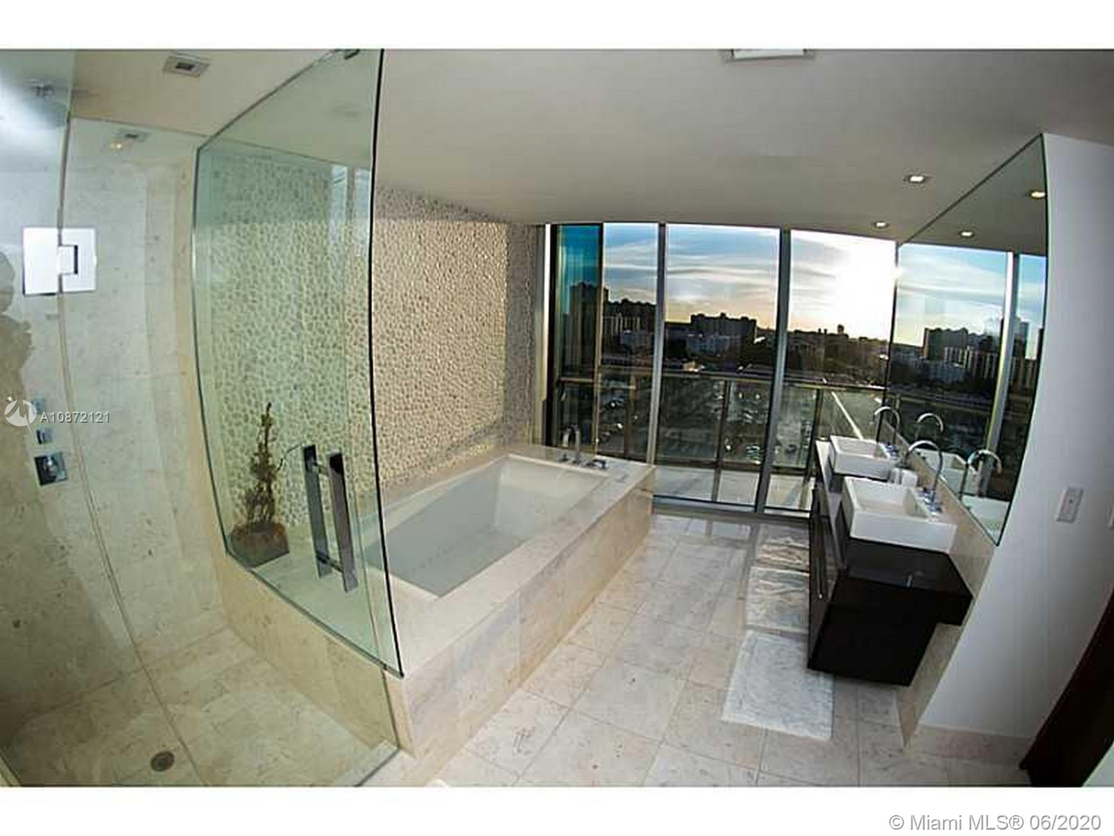 17121 Collins Ave #908 photo019