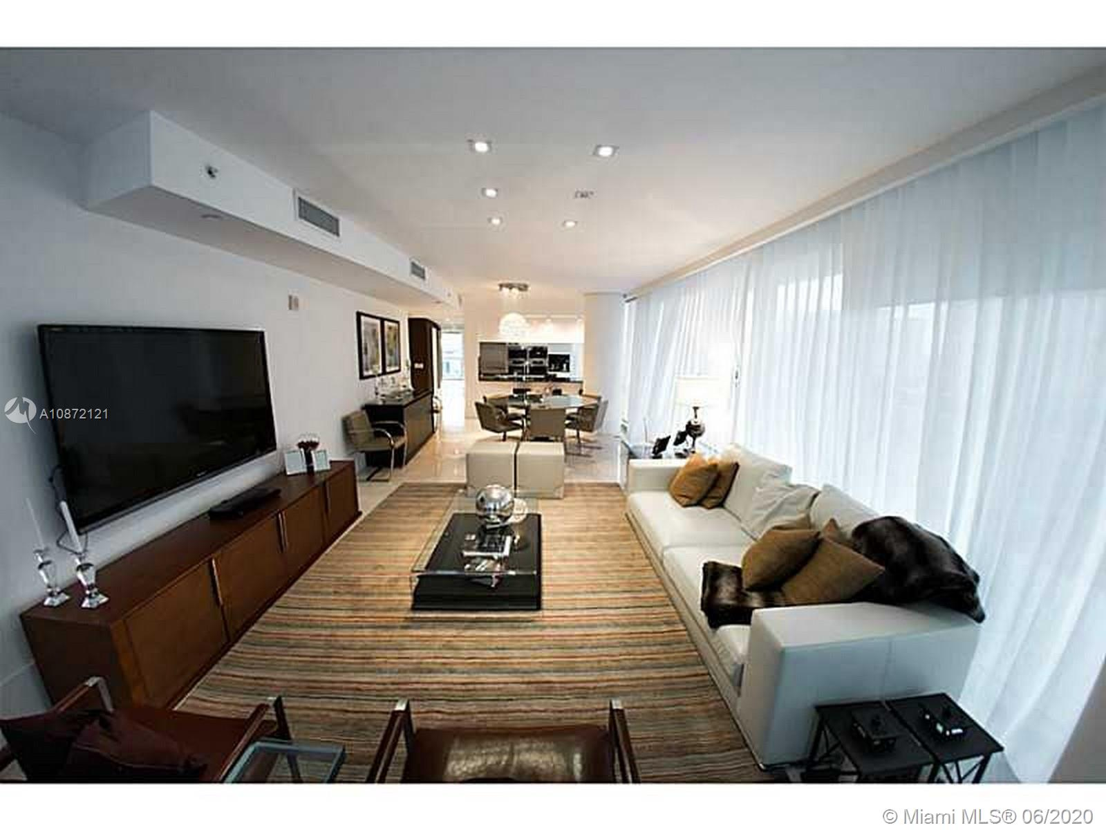 17121 Collins Ave #908 photo035