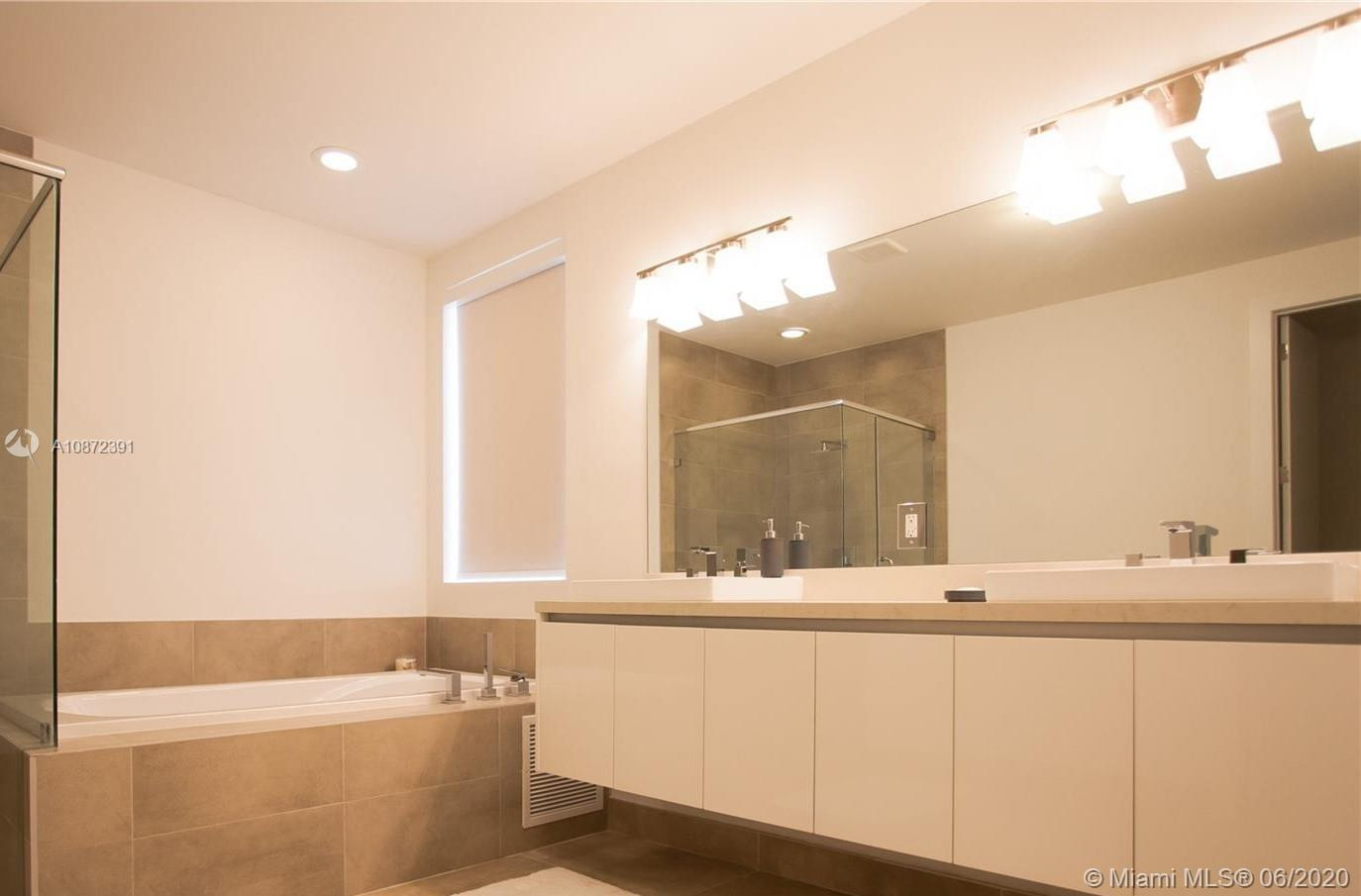 Doral Commons Residential # - 06 - photo