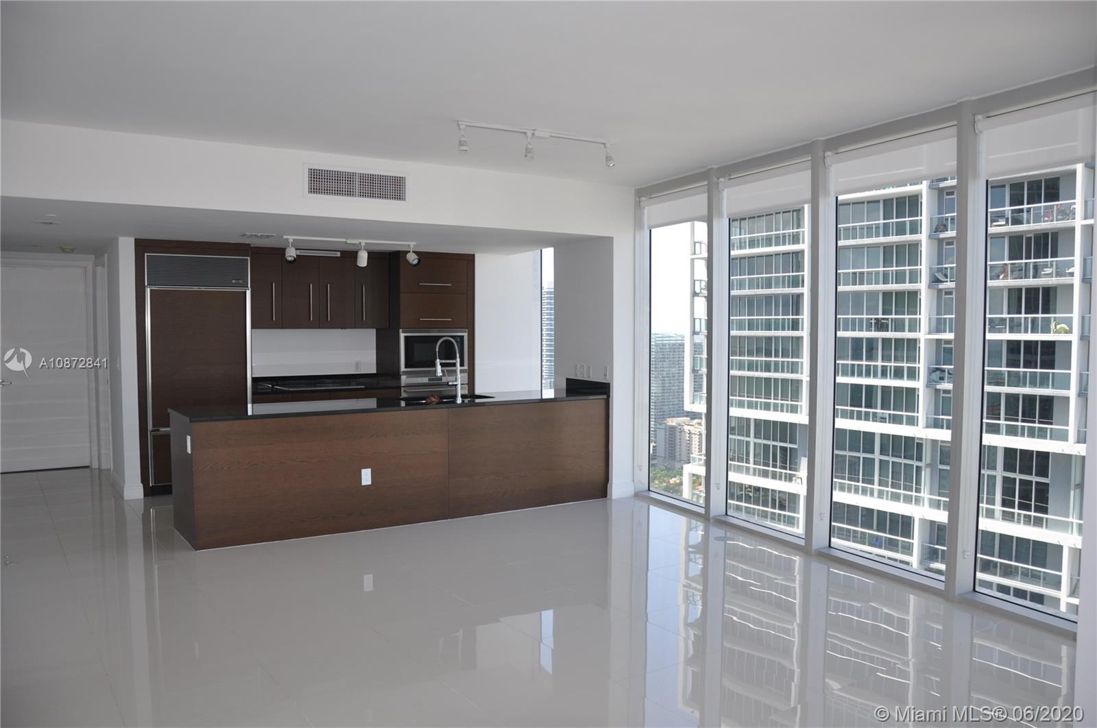 Icon Brickell 2 #4215 - 475 Brickell Ave #4215, Miami, FL 33131