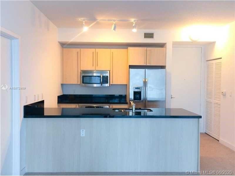 1111 SW 1st Ave #1823-N photo01