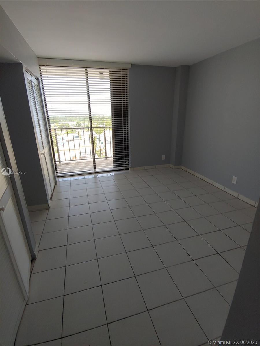 2625 Collins Ave #1208 photo013