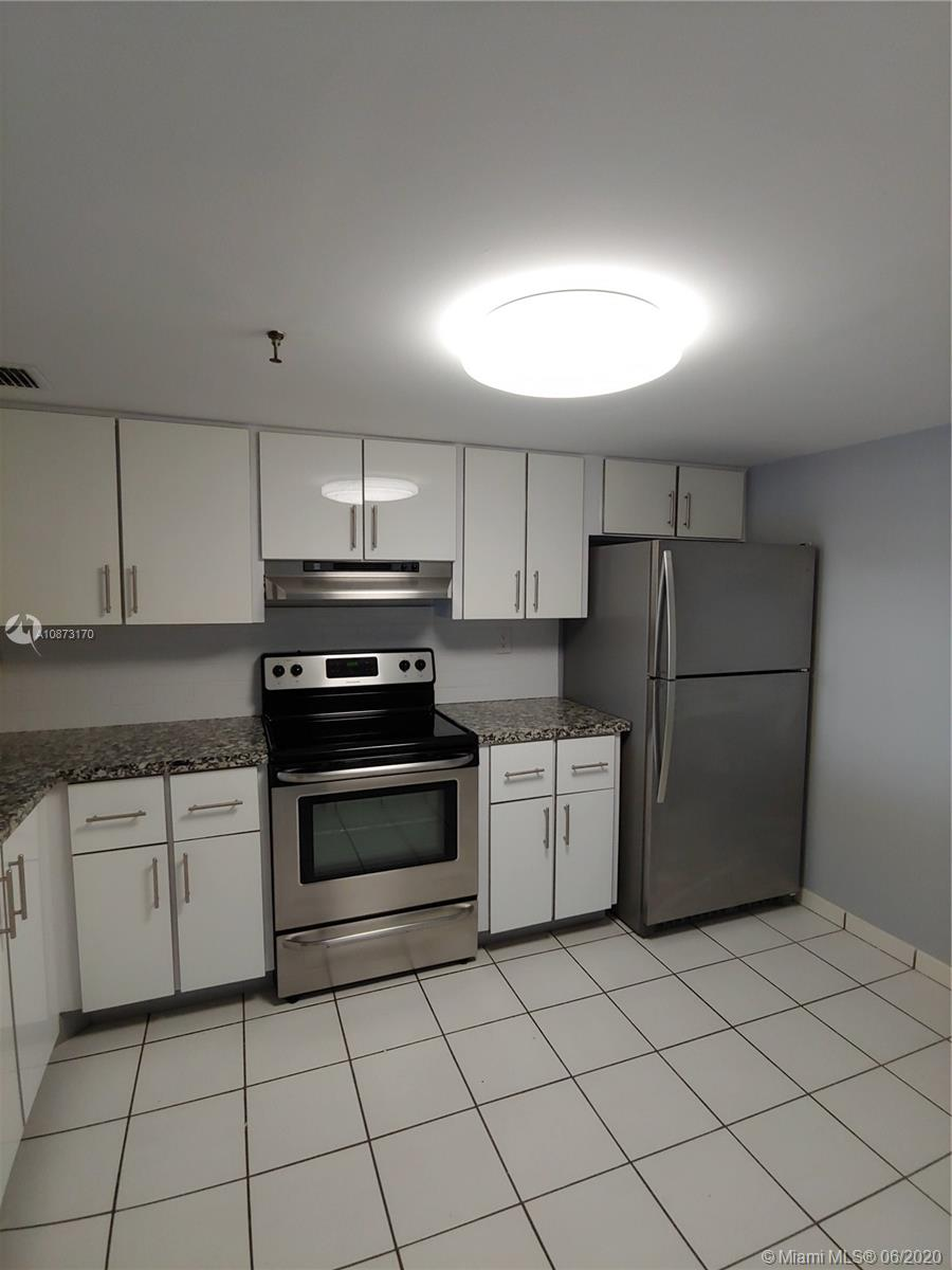 2625 Collins Ave #1208 photo03