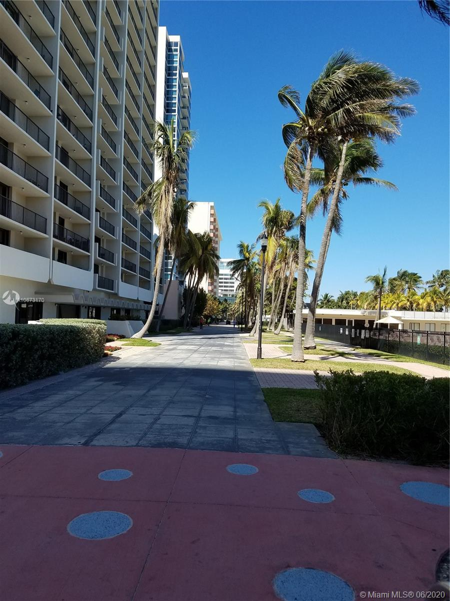 2625 Collins Ave #1208 photo018