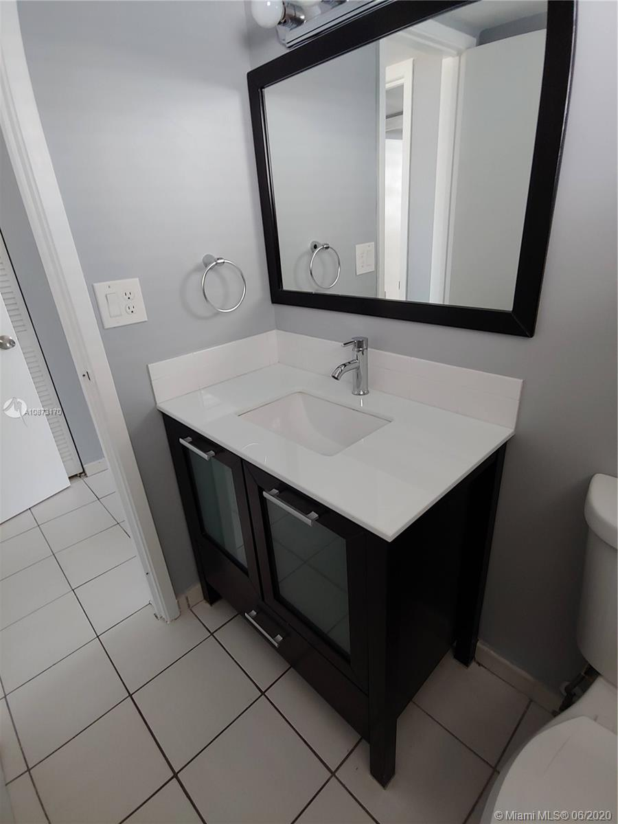2625 Collins Ave #1208 photo04