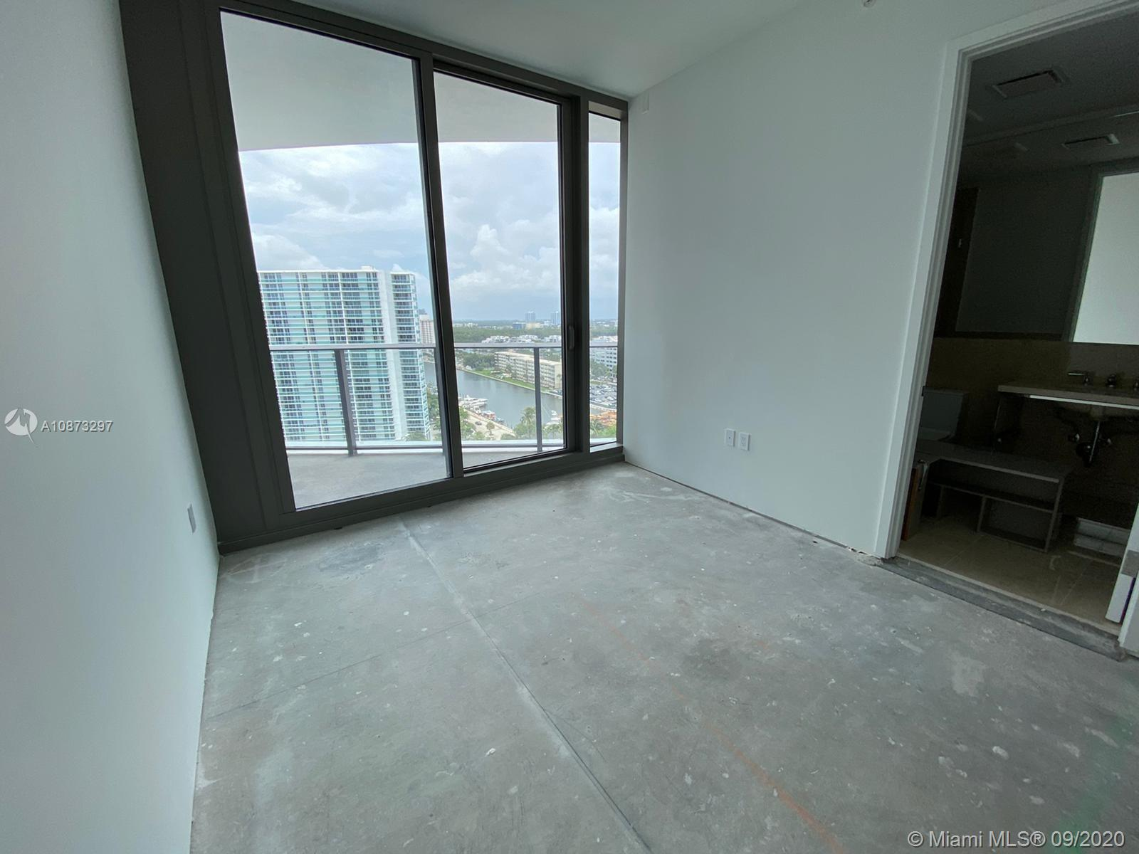 15701 collins ave #1203 photo018