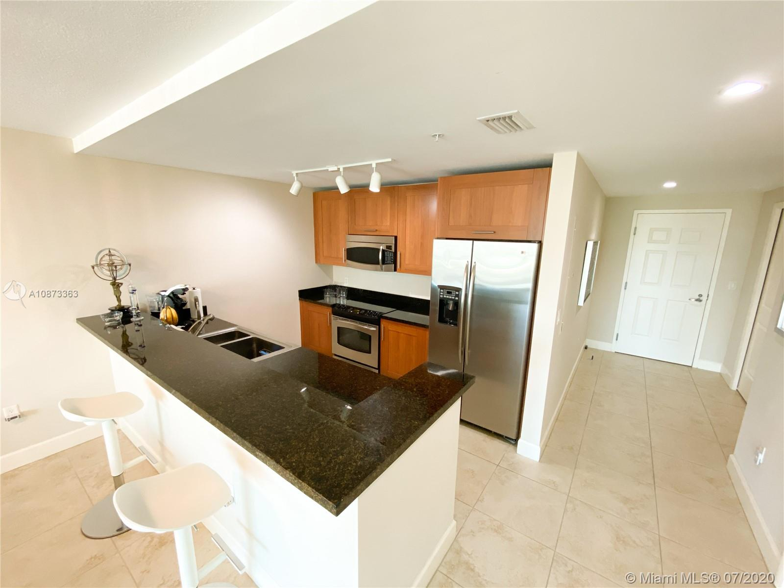 1300 Ponce De Leon Blvd #810 photo06