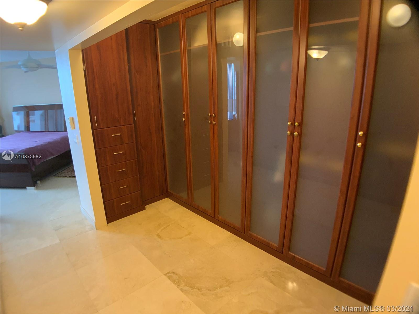 CLOSET IN THE MASTER BEDROOM