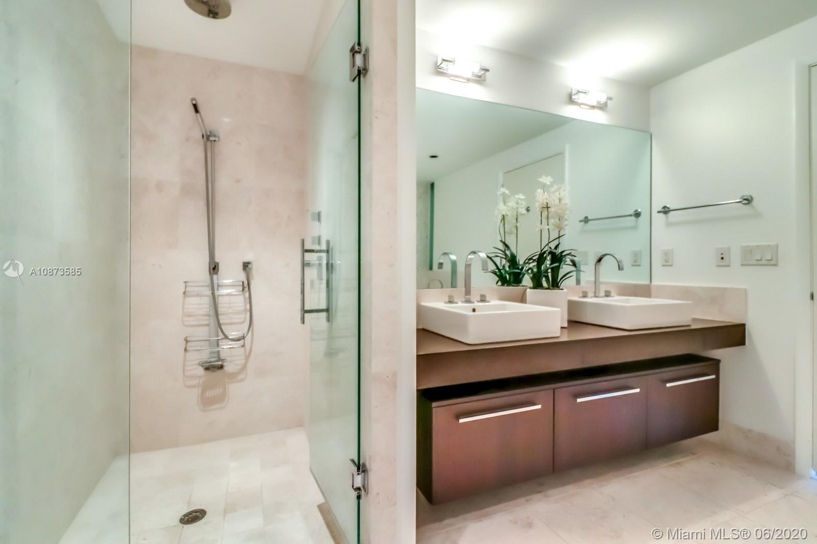 17121 Collins Ave #3206 photo033