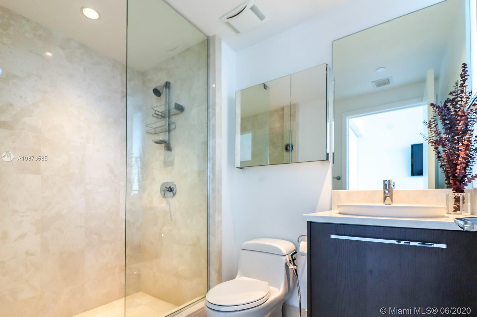 17121 Collins Ave #3206 photo045