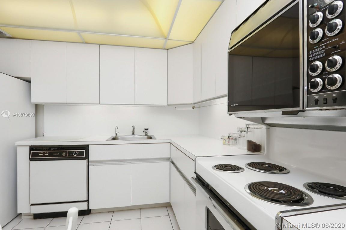 9801 Collins Ave #18N photo020