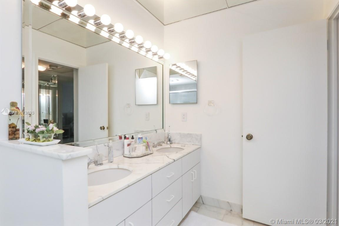 9801 Collins Ave #18N photo024