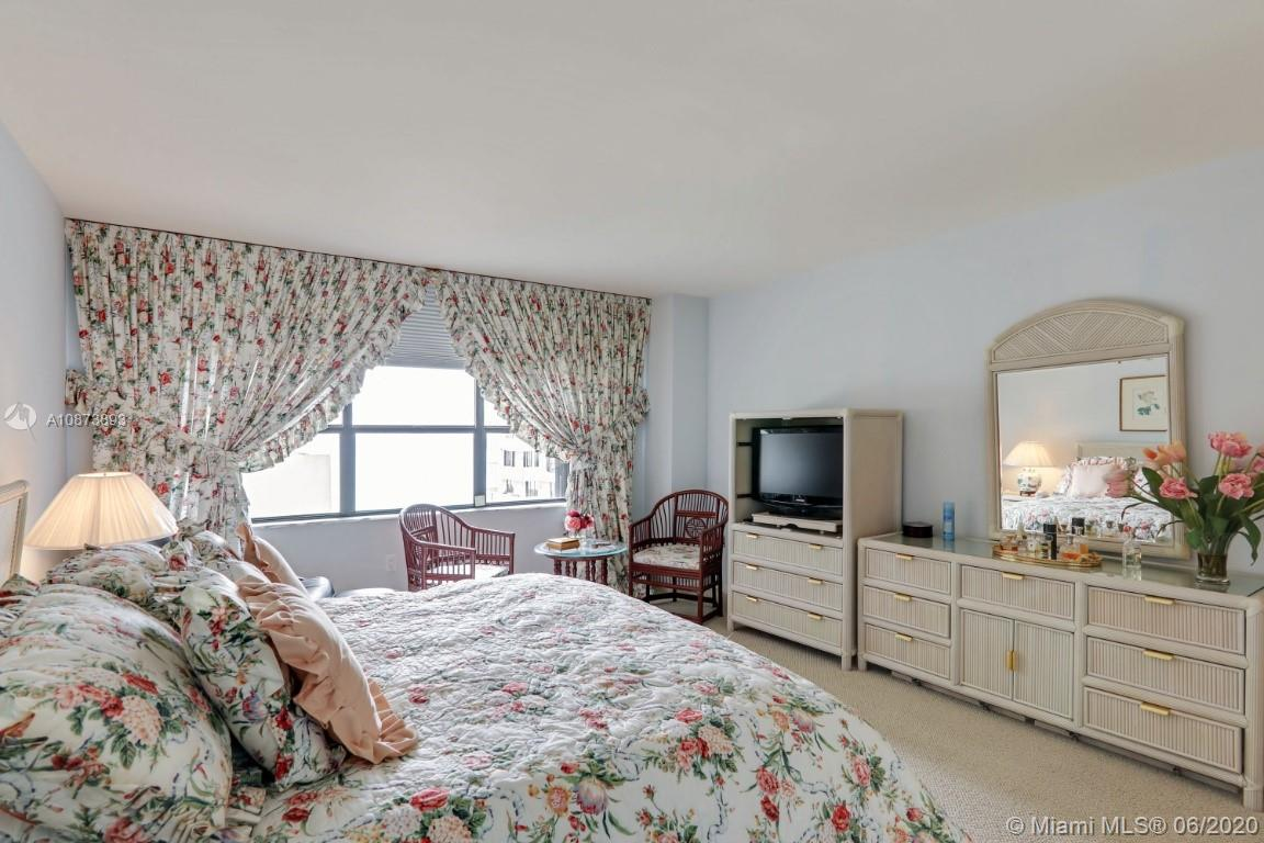 9801 Collins Ave #18N photo014