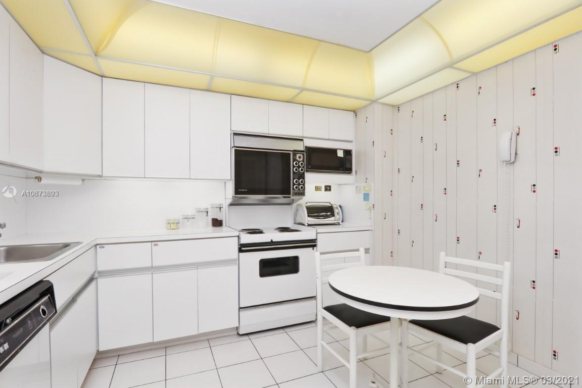9801 Collins Ave #18N photo019