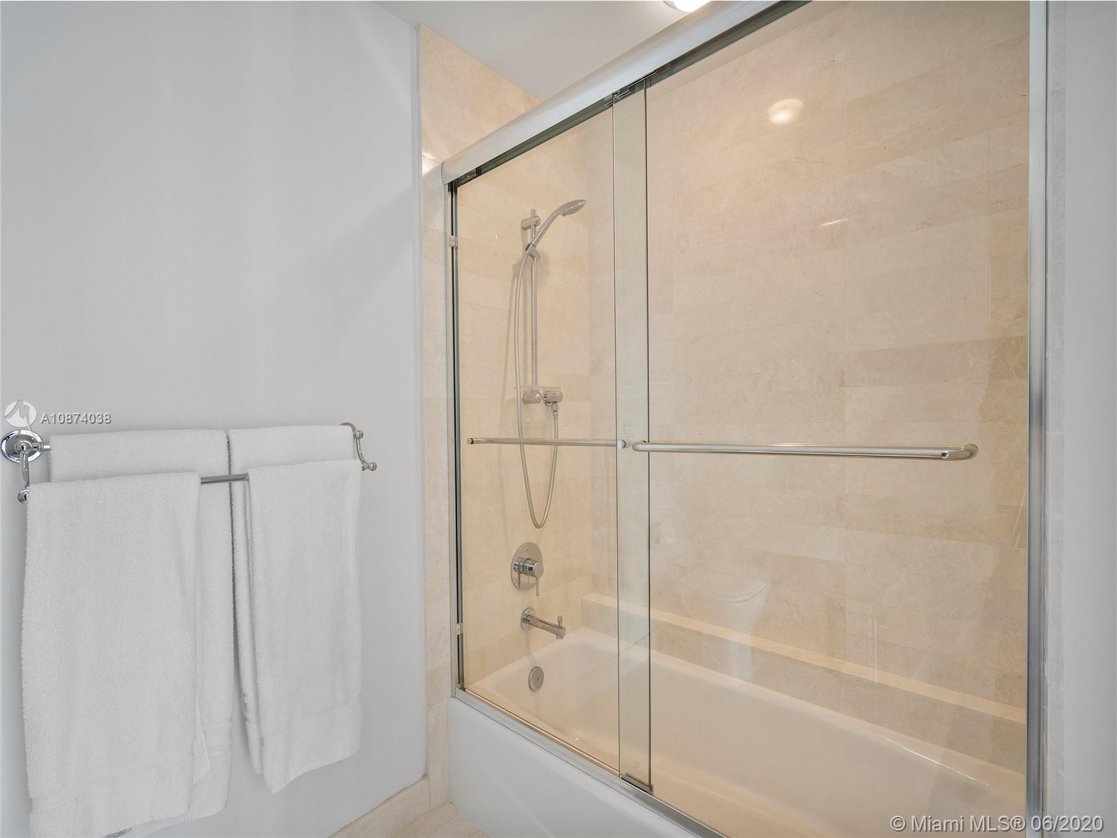 17301 Biscayne Blvd #1105 photo012