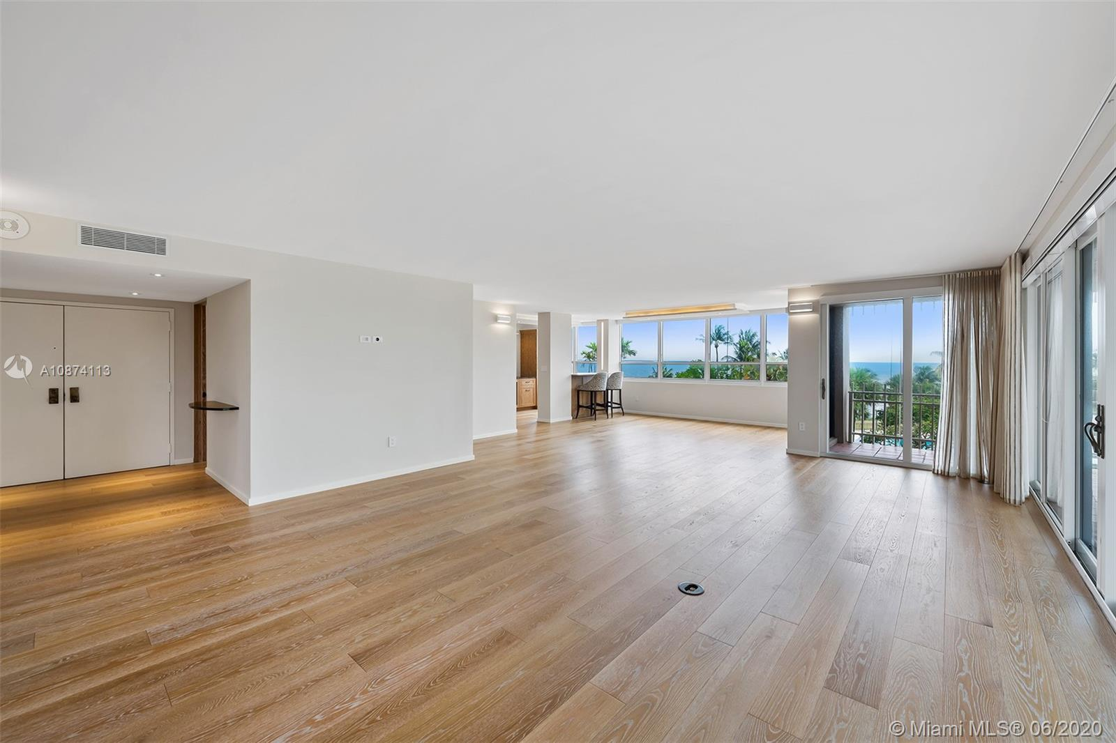2 Grove Isle Dr # B302, Miami, Florida 33133, 3 Bedrooms Bedrooms, ,2 BathroomsBathrooms,Residential,For Sale,2 Grove Isle Dr # B302,A10874113