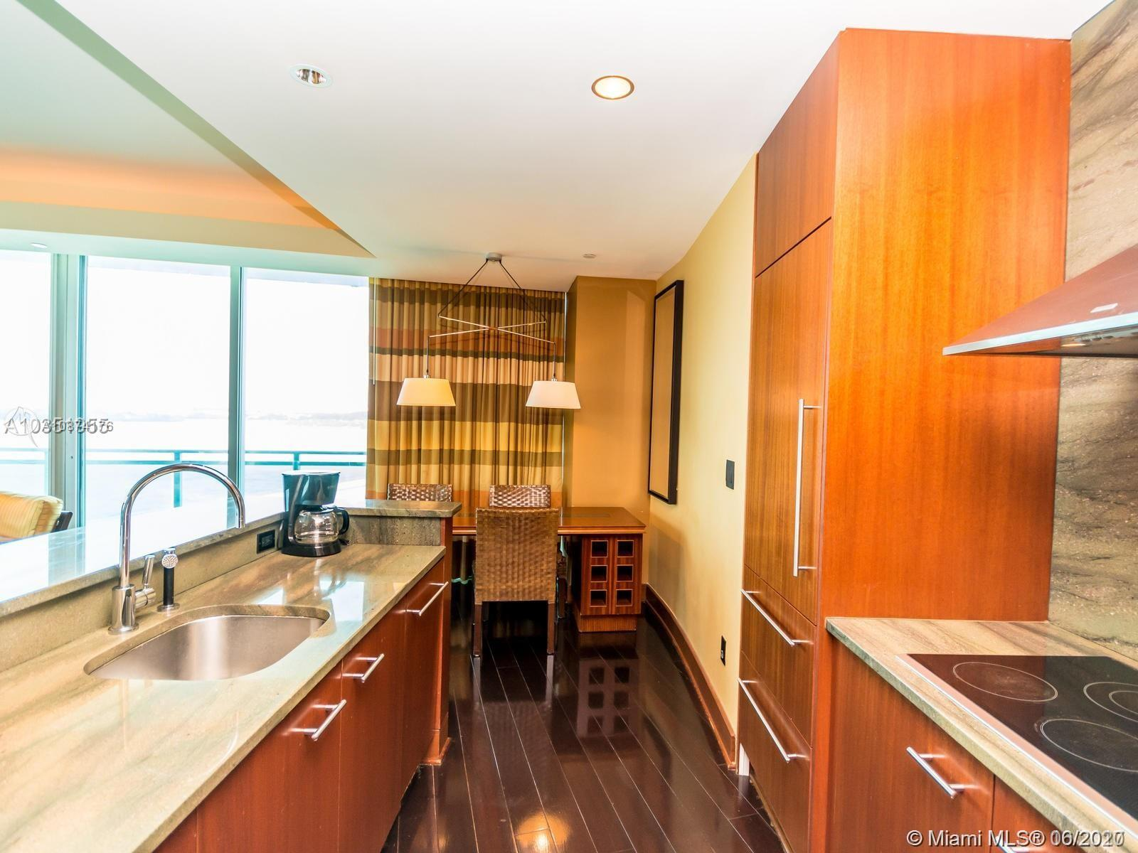 10295 Collins Ave #510 photo04