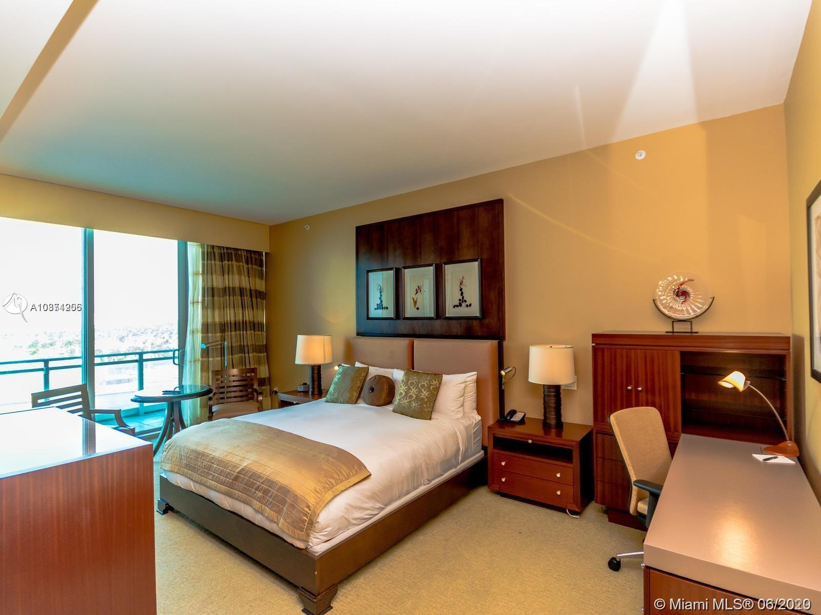10295 Collins Ave #511 photo02