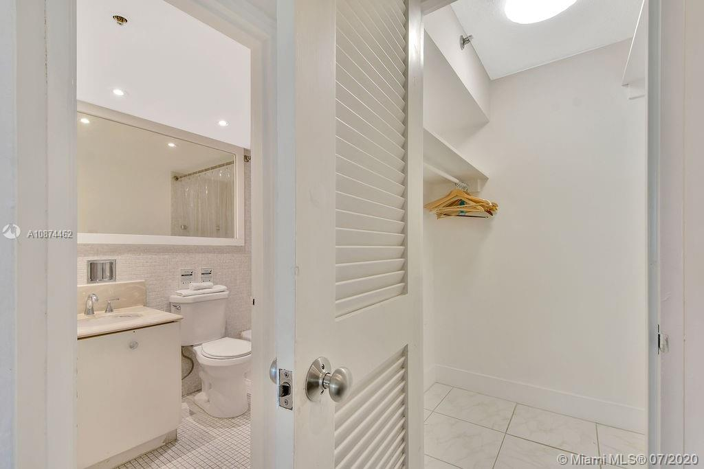 5225 Collins Ave #408 photo013