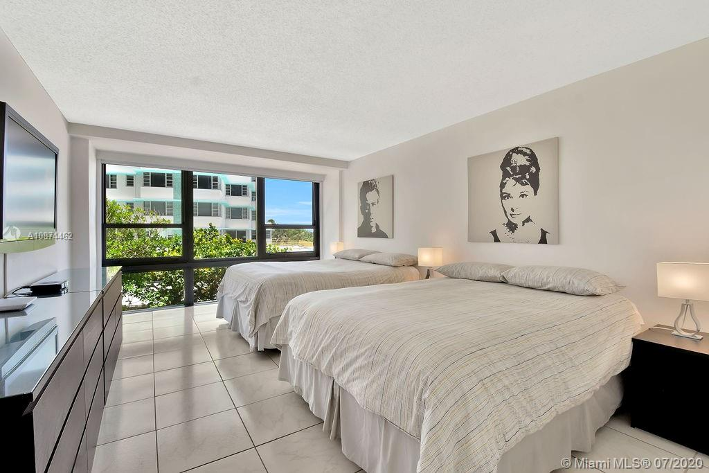 5225 Collins Ave #408 photo015