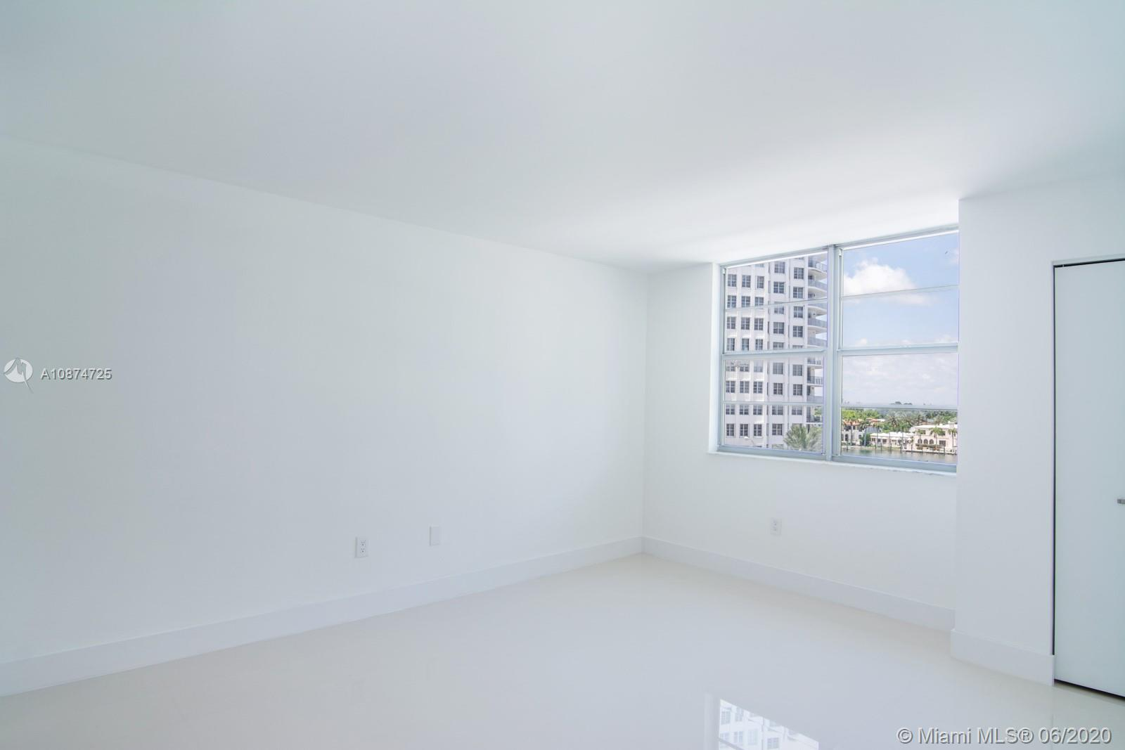 5701 Collins Ave #509 photo012