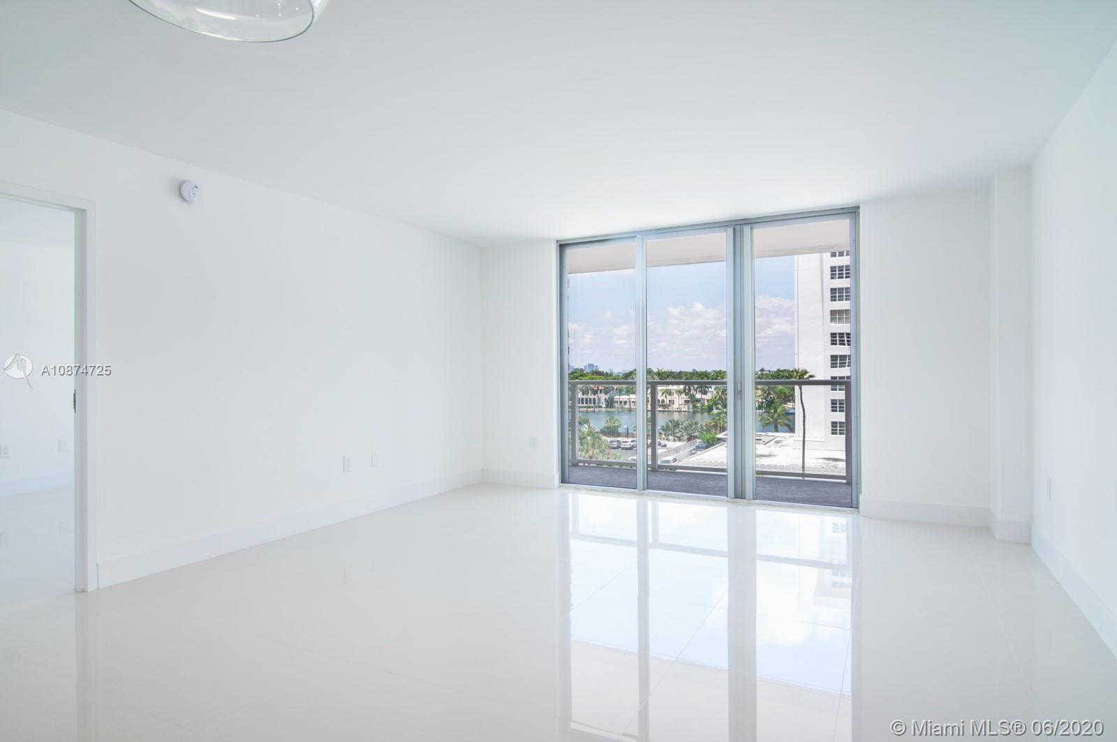 5701 Collins Ave #509 photo09