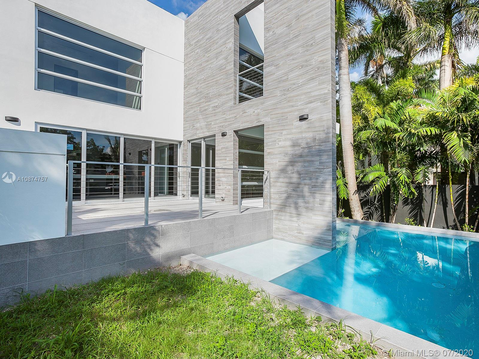 Palm Island - 257 Palm Ave, Miami Beach, FL 33139