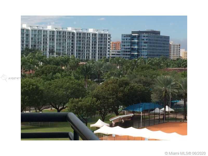 Parc Central #701 - 03 - photo