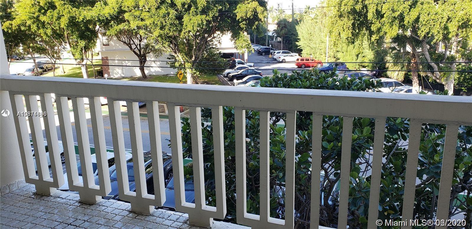 9111 E Bay Harbor Dr #3F photo011
