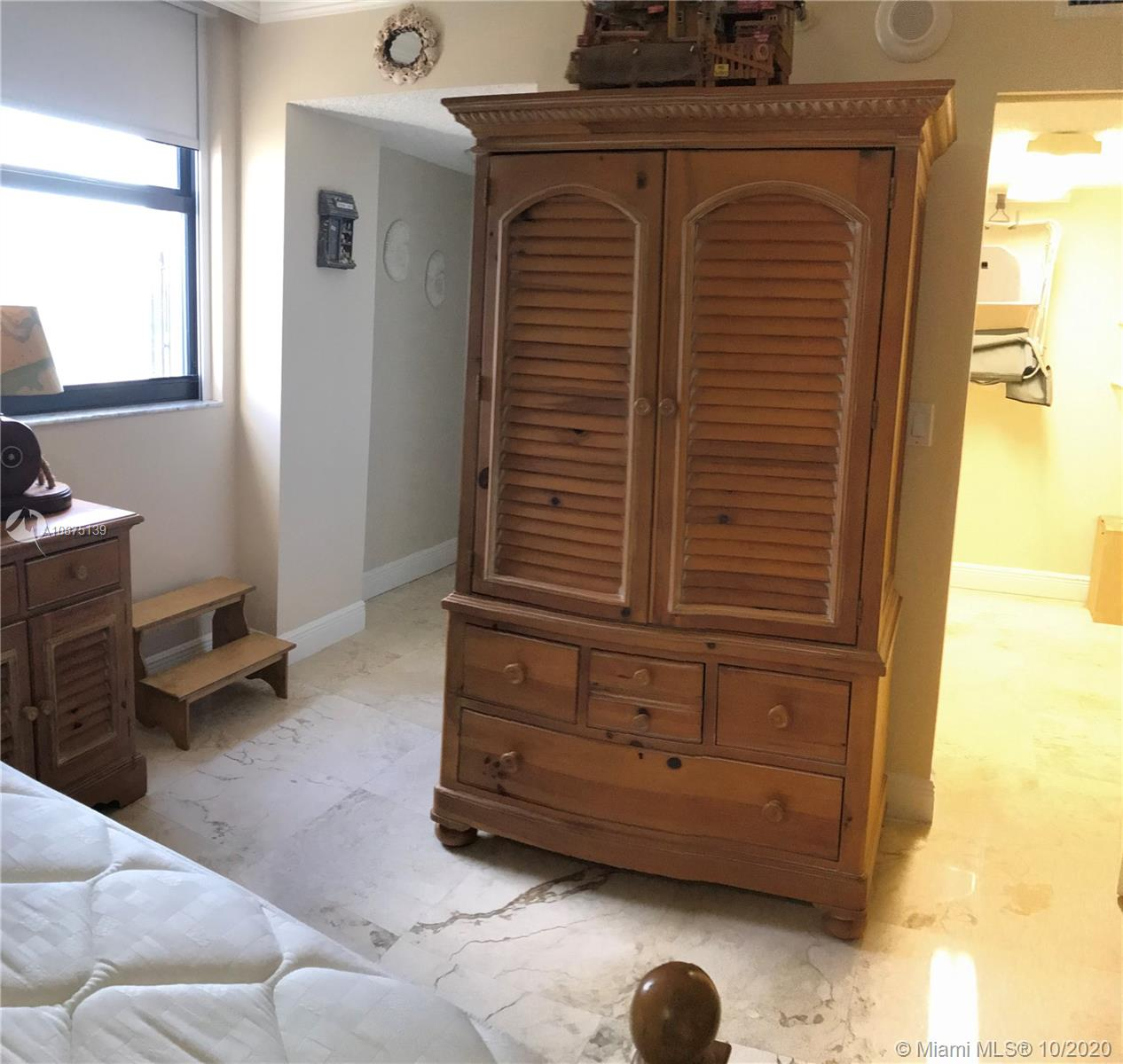 2625 Collins Ave #1203 photo016