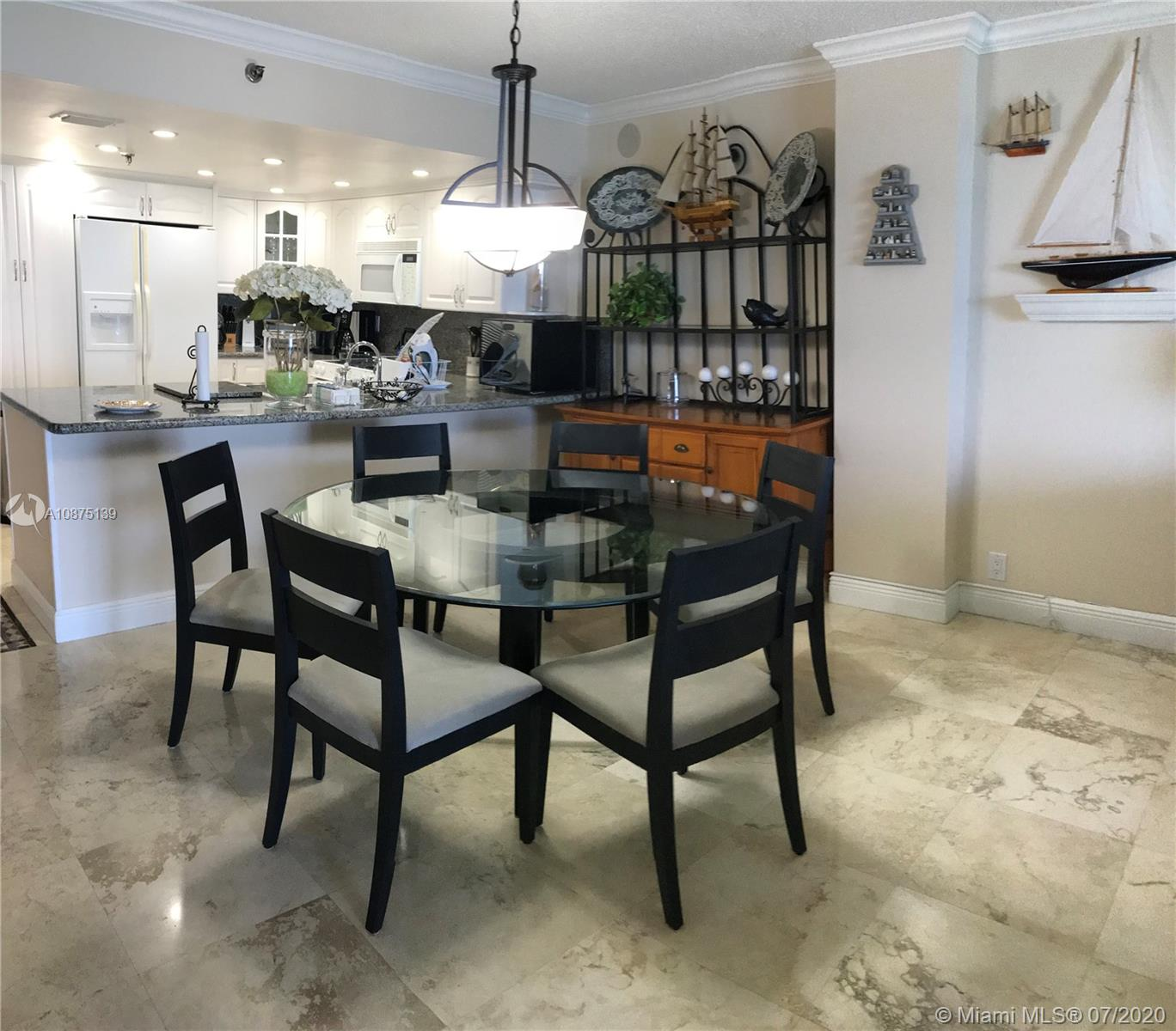 2625 Collins Ave #1203 photo07