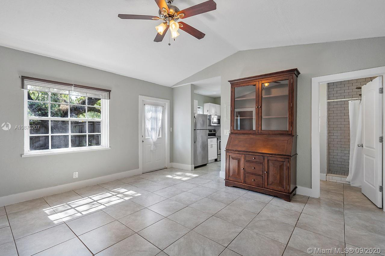 1009 Tequesta St photo015