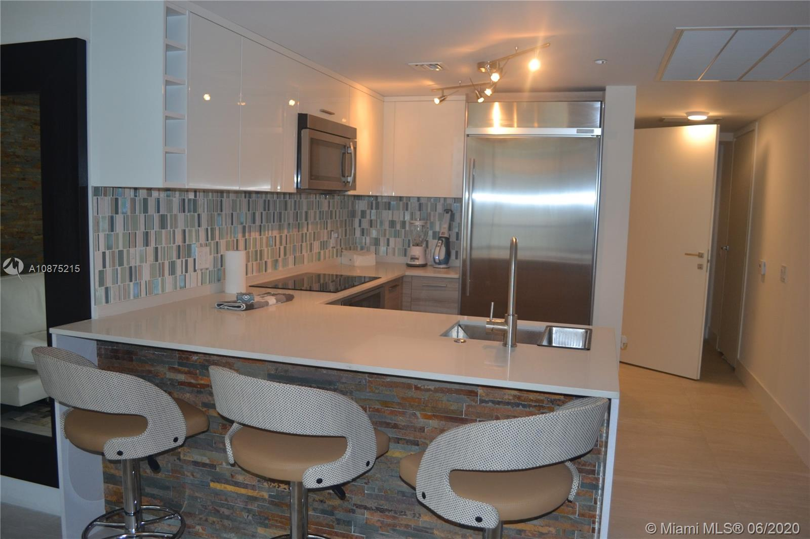 1300 Brickell Bay Dr #2511 photo06